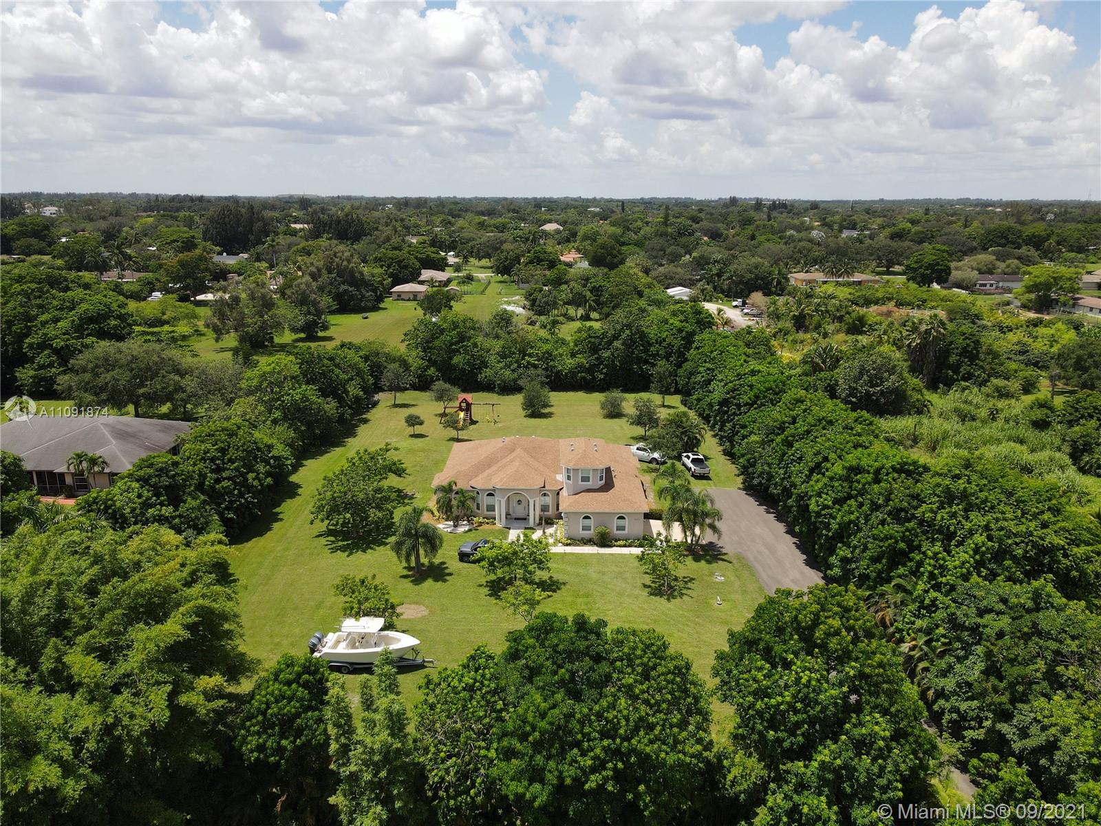 5033 SW 160th Ave  For Sale A11091874, FL