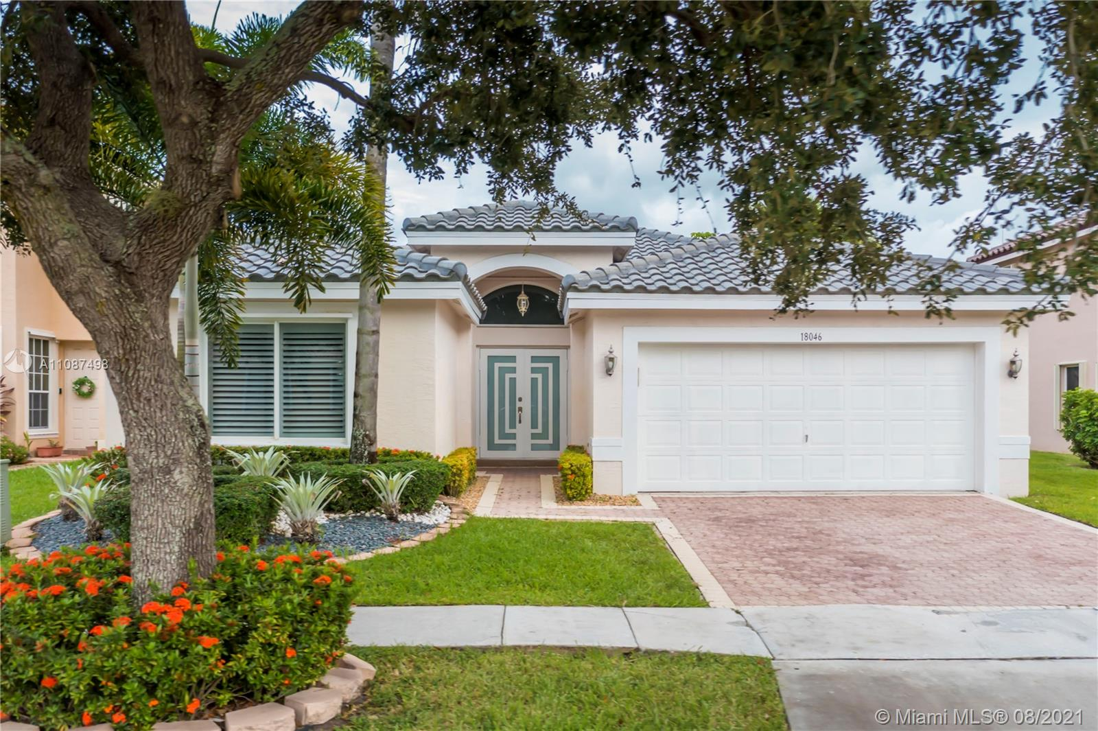 18046 SW 29th St  For Sale A11087498, FL