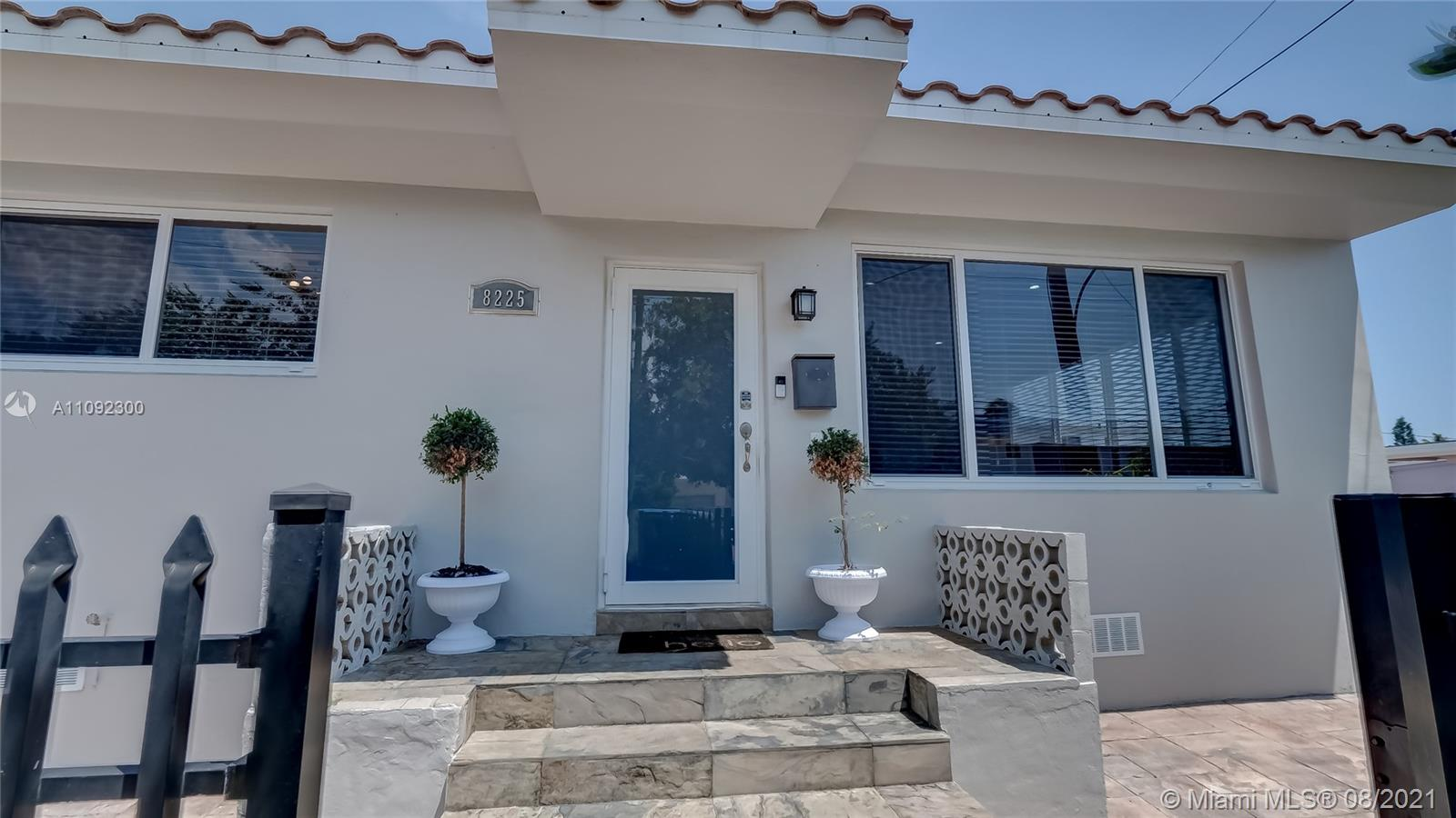 8225  Hawthorne Ave  For Sale A11092300, FL