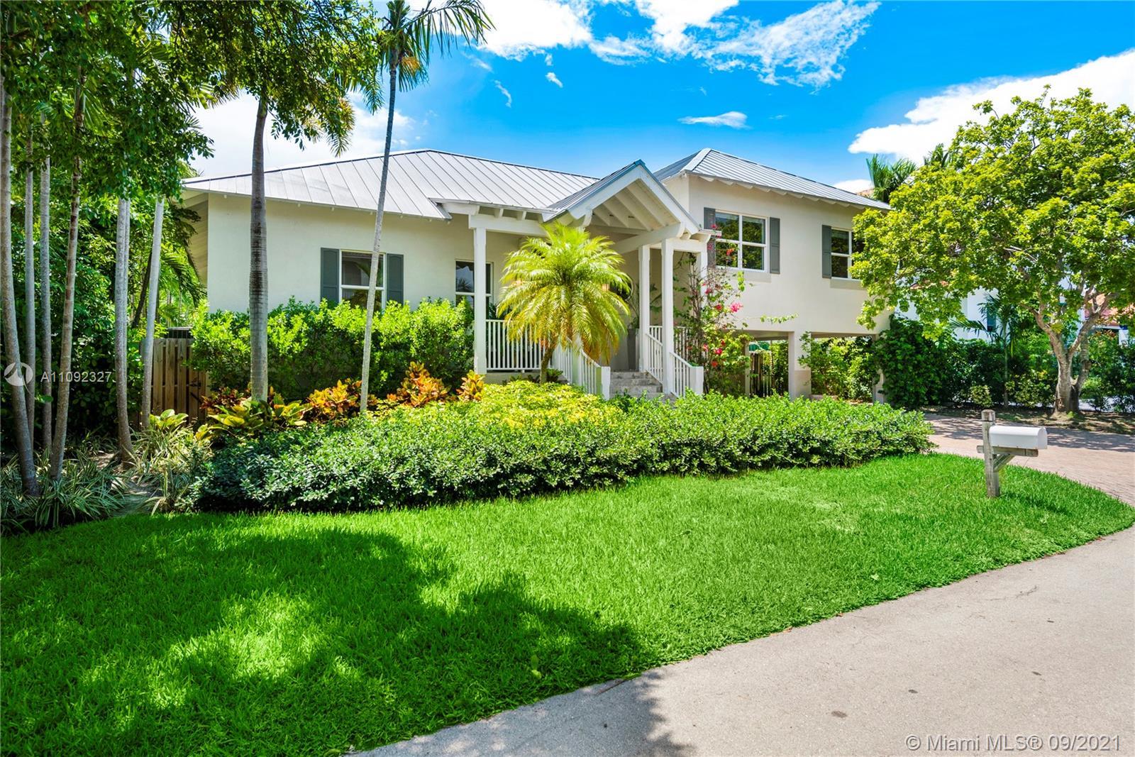 280 Ridgewood Rd, Key Biscayne, Florida 33149