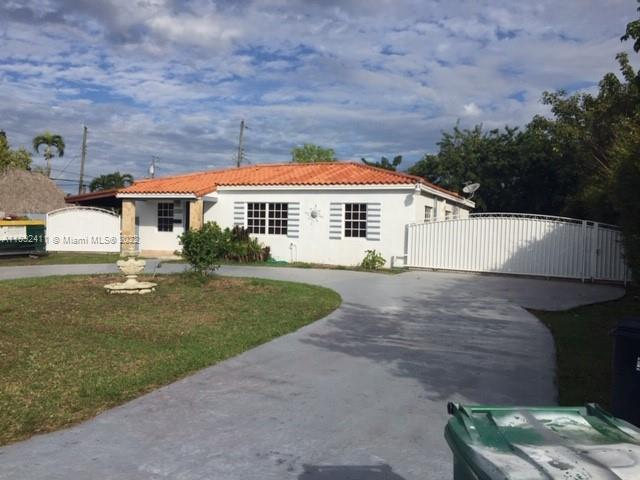 7445 SW 34th Ter  For Sale A11092411, FL