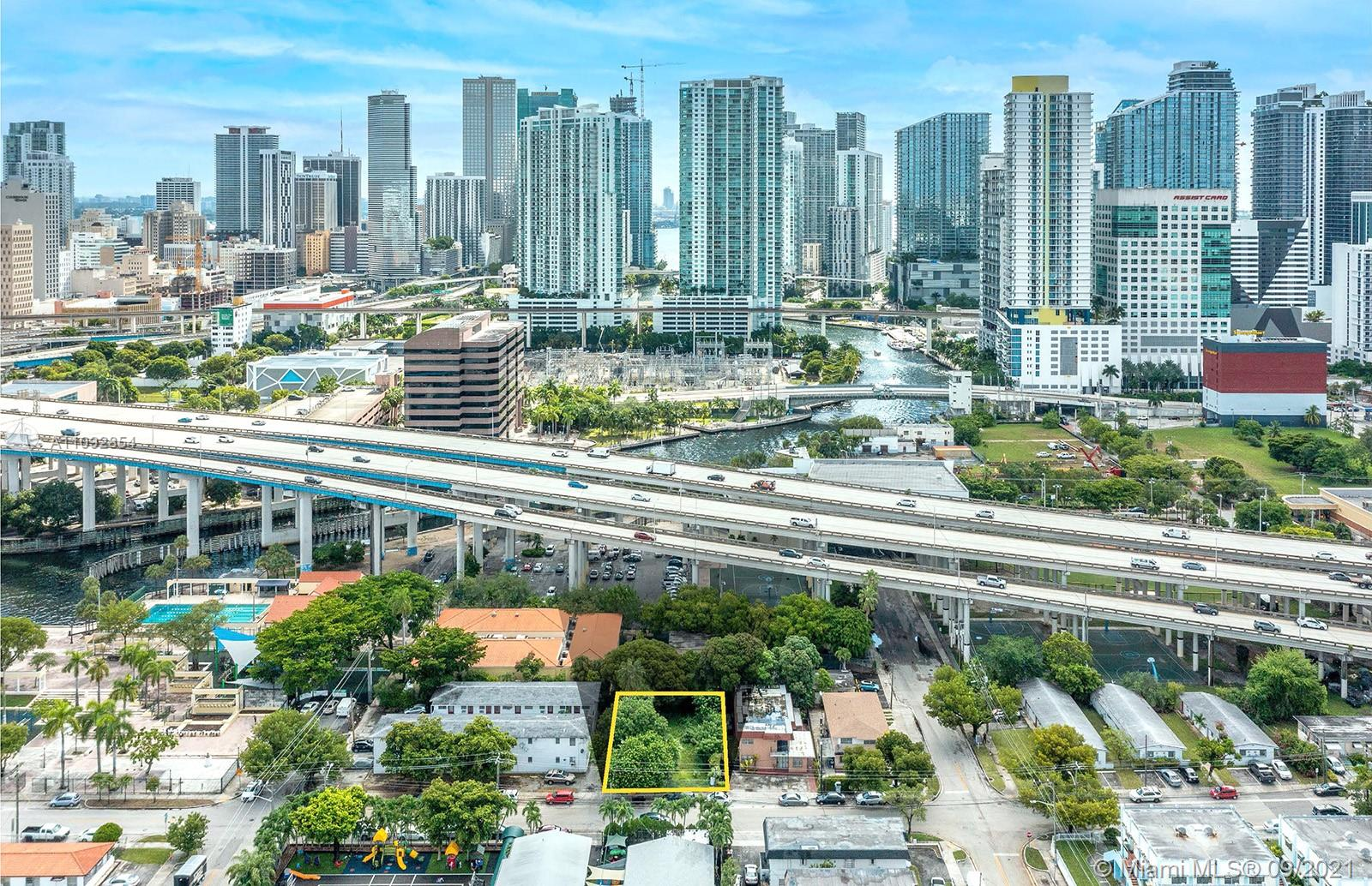 427 SW 4th Ave  For Sale A11092854, FL