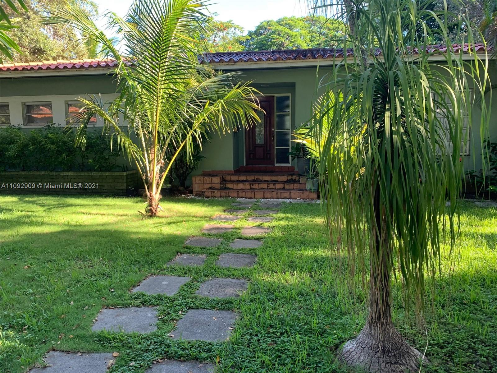 Great Coral Gables pool home on 13,000 sq ft double lot ready for renovation. Close to Venetian Pool, Biltmore Hotel and downtown Coral Gables. Great potential! Excellent tree-lined street with newly remodeled homes. Make this one your own!