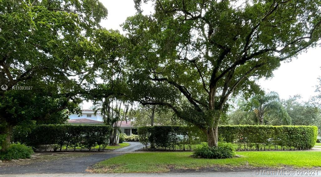 Cozy home in Excellent Location in Coral Gables. 2,978 AC area on a 13,000 Sqft prime Lot. 4 Bedrooms and 4 Full Bathrooms with marble, Granite counter tops, French doors, family room, Florida Room, pool and one covered car garage with plenty of storage room.