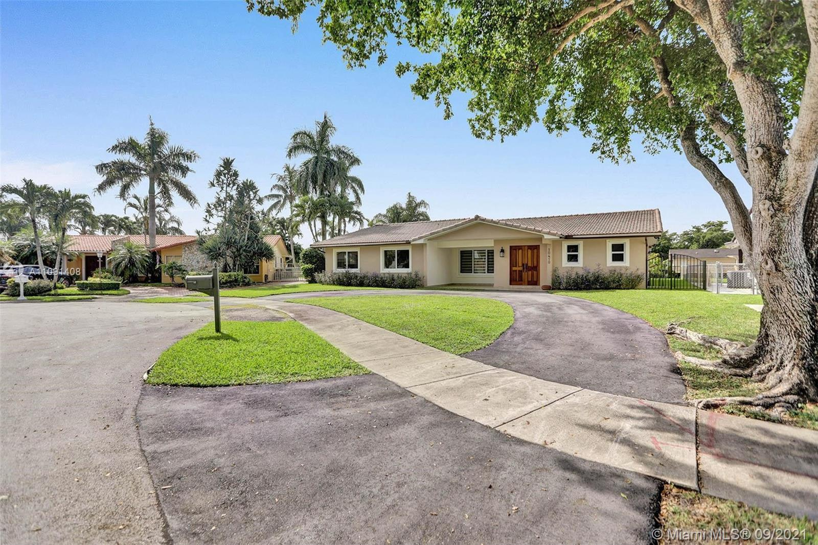 10410 SW 19th St  For Sale A11091408, FL