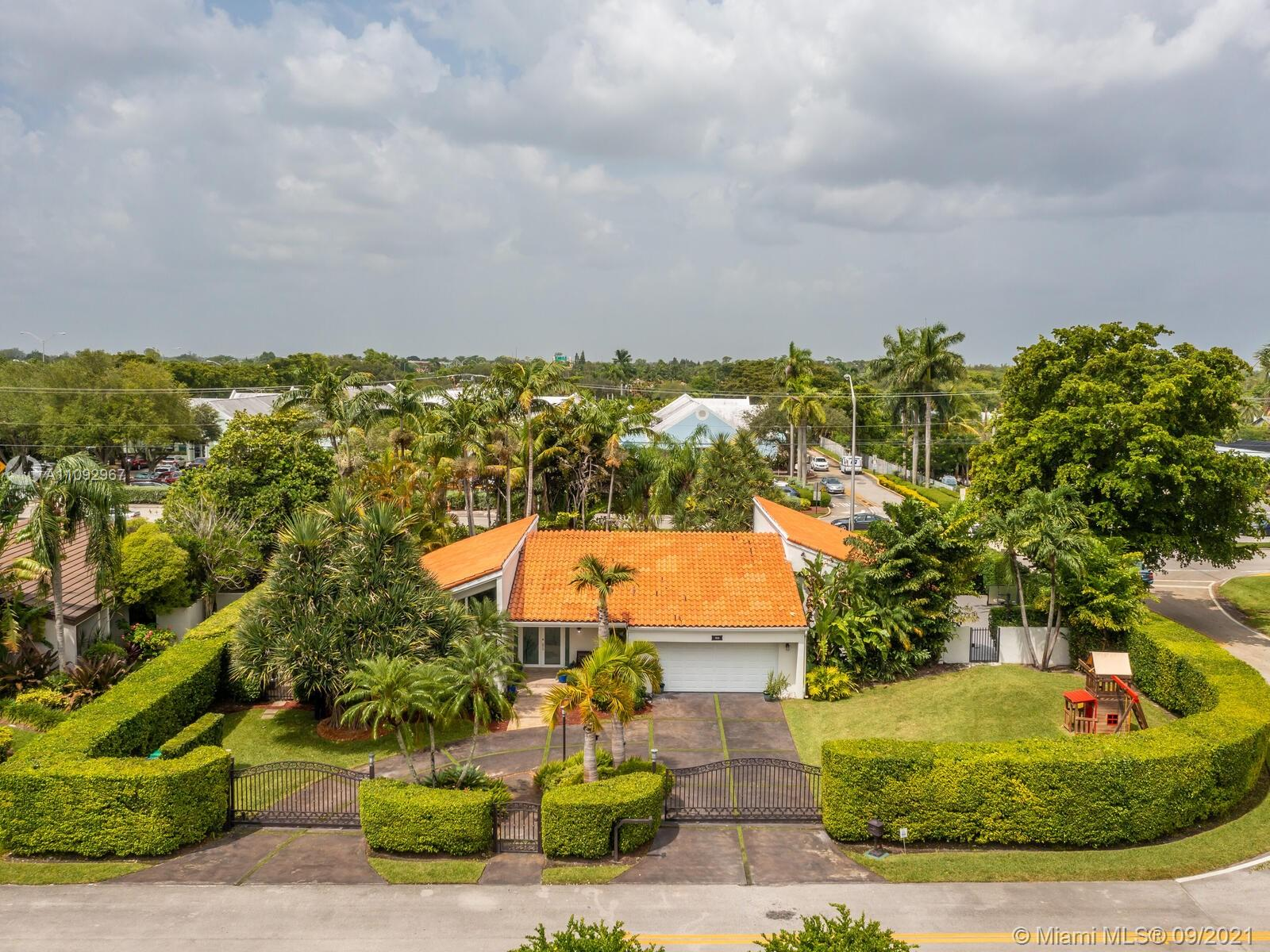 7800 SW 86th Ct  For Sale A11092967, FL