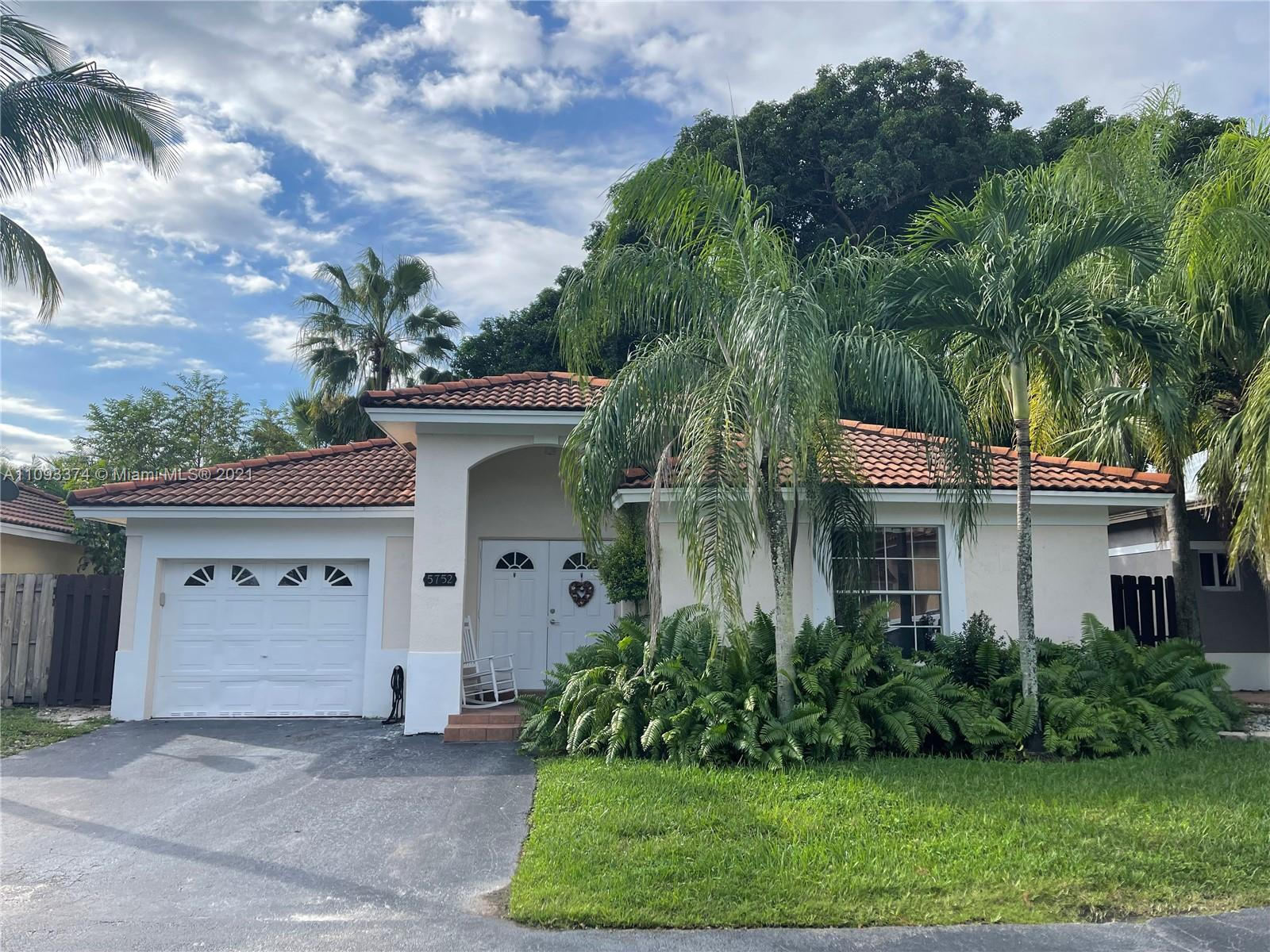 5752 NW 97th Pl  For Sale A11093374, FL