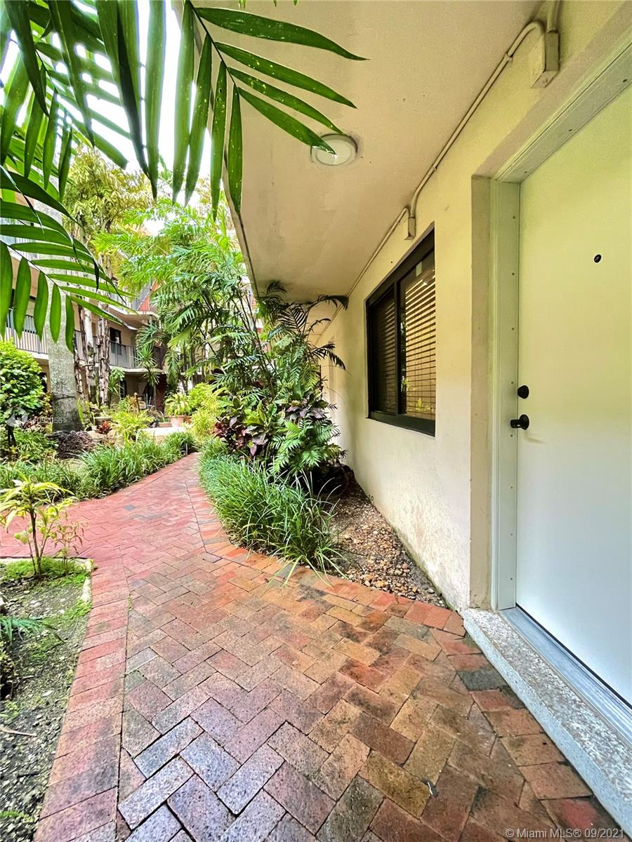 3242  Mary St #S113 For Sale A11092056, FL