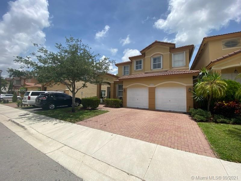 8723 NW 109th Ct  For Sale A11094292, FL