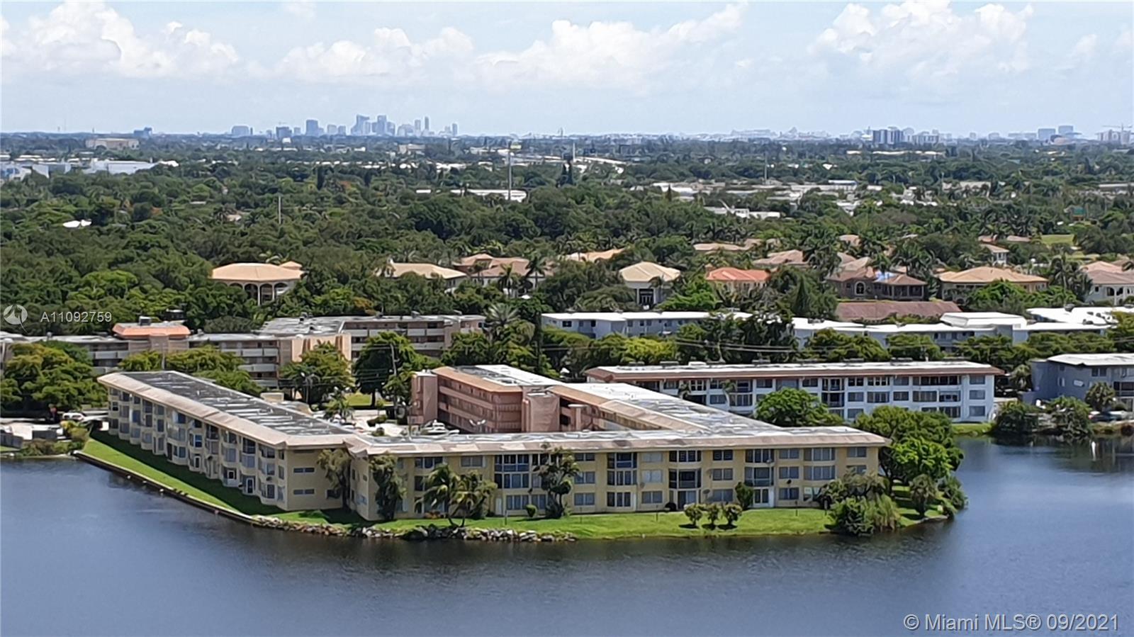 Buckley Towers, 1301 Ne Miami Gardens Dr #33