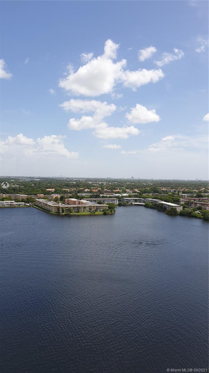 Buckley Towers, 1301 Ne Miami Gardens Dr #4