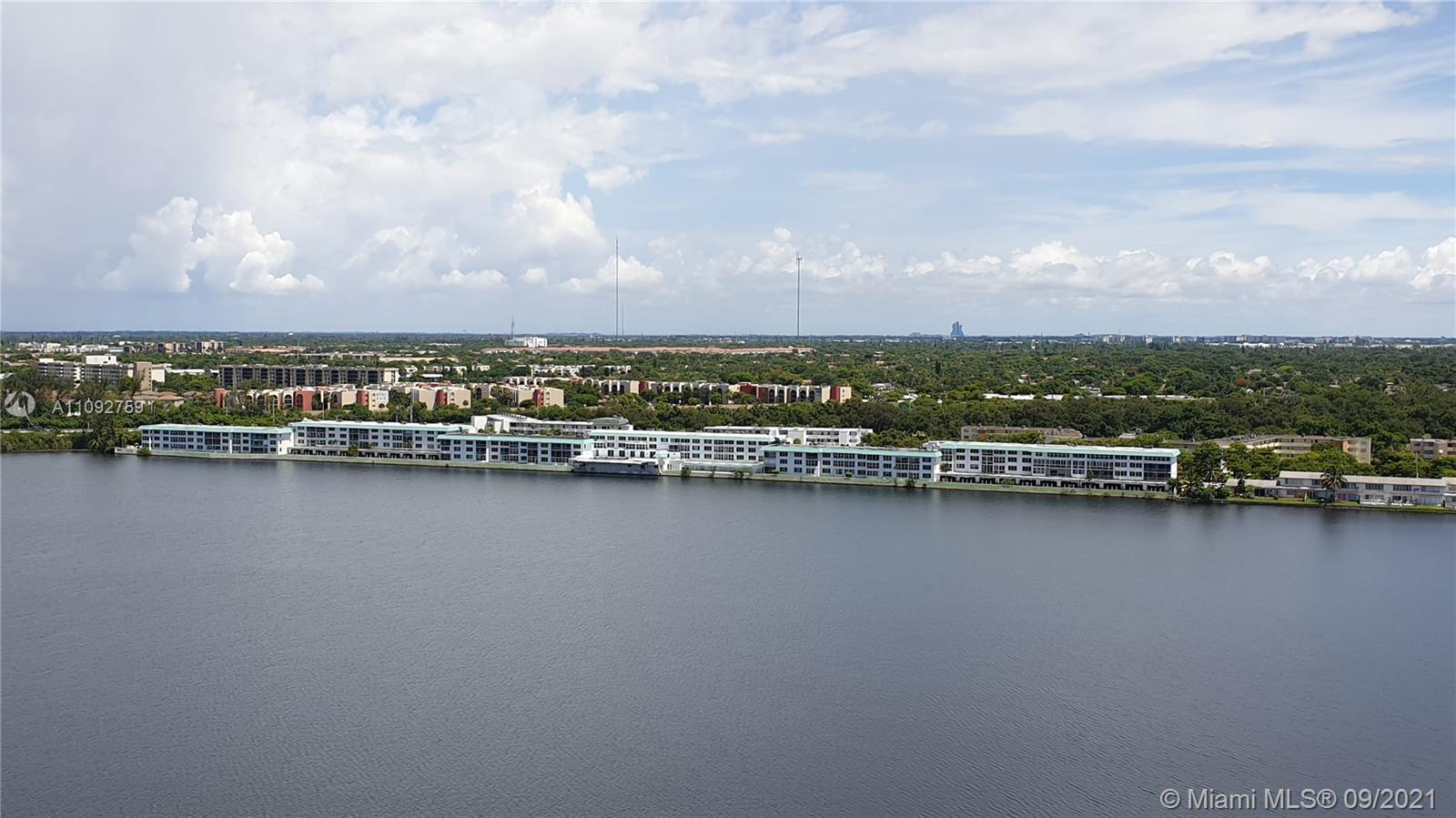 Buckley Towers, 1301 Ne Miami Gardens Dr #30