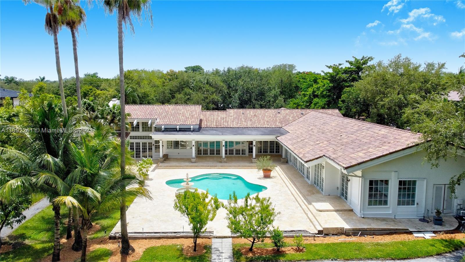 6595 SW 102nd St  For Sale A11092261, FL