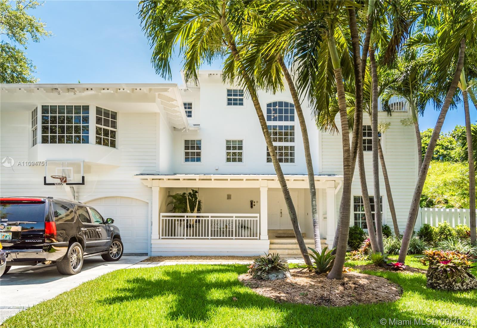 325 Pacific Rd, Key Biscayne, Florida 33149