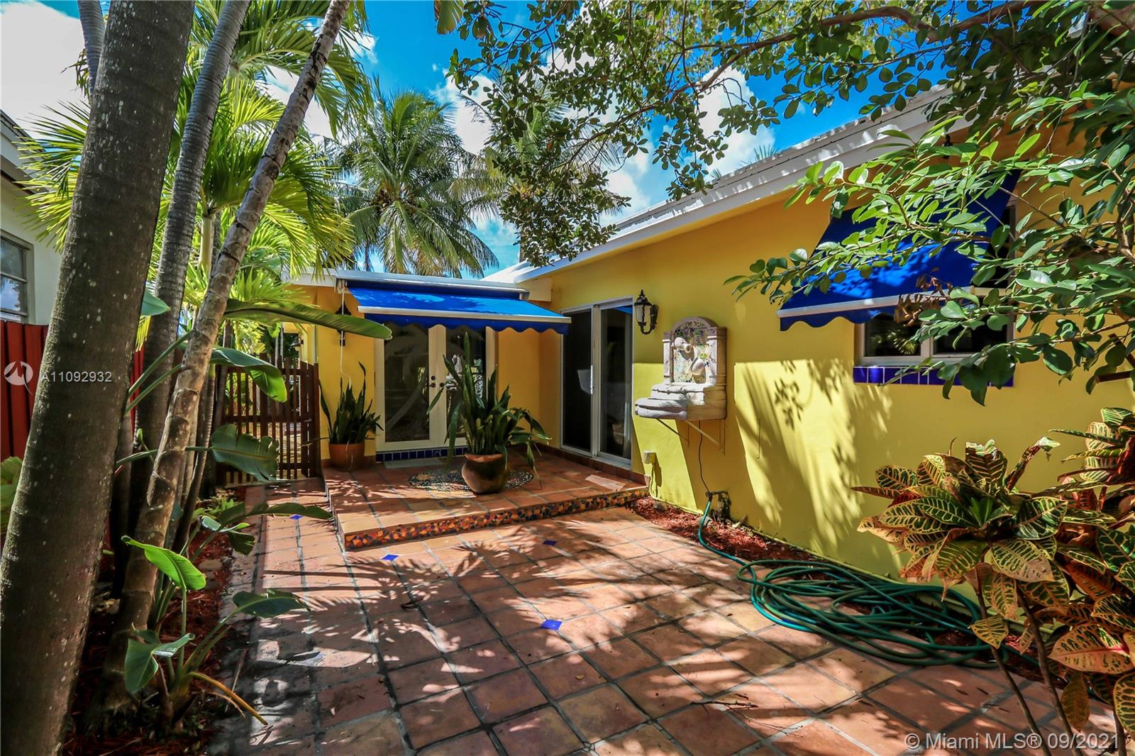 931 S Northlake Dr  For Sale A11092932, FL