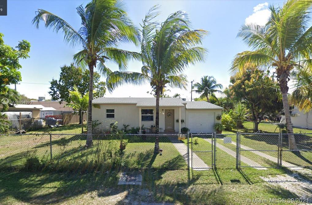 9820 SW 183rd St  For Sale A11094999, FL