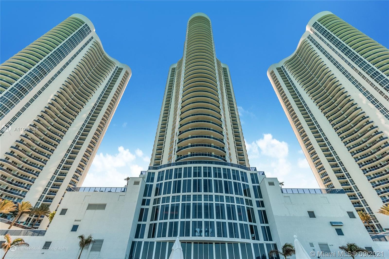 15811  Collins Ave #3805 For Sale A11095046, FL