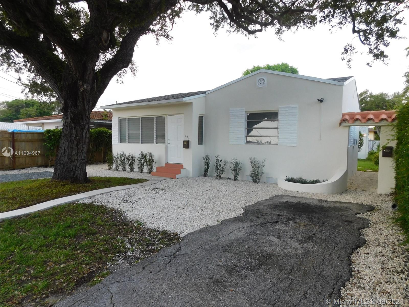 2851 SW 26th St  For Sale A11094967, FL