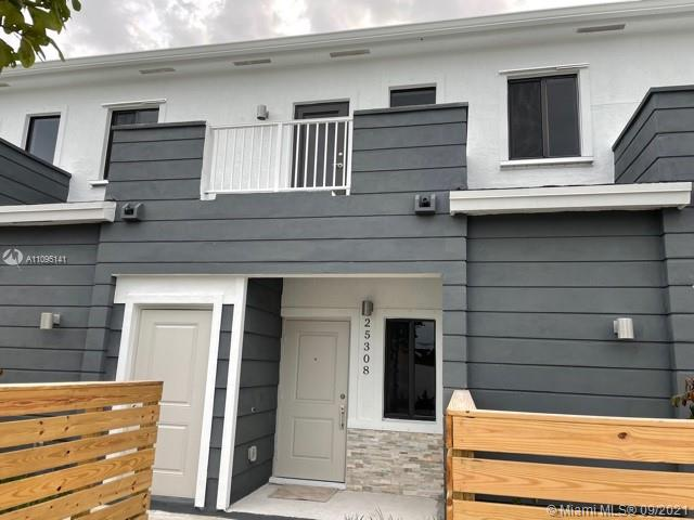 BRAND NEW TOWNHOUSE 3 bed and 3 bath with one bedroom and 1 bathroom on the first floor. Stainless steel appliances, patio, white glossy kitchen cabinets and granite countertop. 2 assigned parking plus street parking in front of the unit. Don't miss the opportunity to be the first living on this property.  ** washer and dryer will be installed **