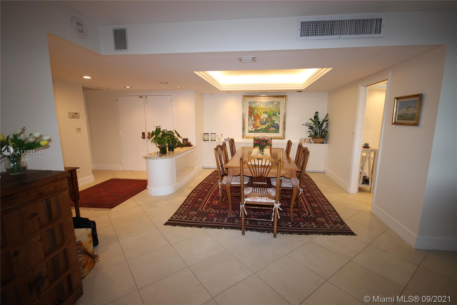 This bright and beautiful split 2 bedroom and 2 bathroom unit has an open concept with lots of natural light. Rarely on the market split plan design. Spacious 2bed/2bath unit with direct bay, ocean access, & tropical views! The master bedroom features a large walk-in closet. This Island paradise features a full marina, a malecón walkway to view the bay, a small beach with bbq area and storage for kayaks and paddle boards. Minutes to everything Coconut Grove and greater Miami have to offer. Elevator upgrades, new garden area, hallway and corridor upgrades are coming soon. Currently Rented until 1/2022