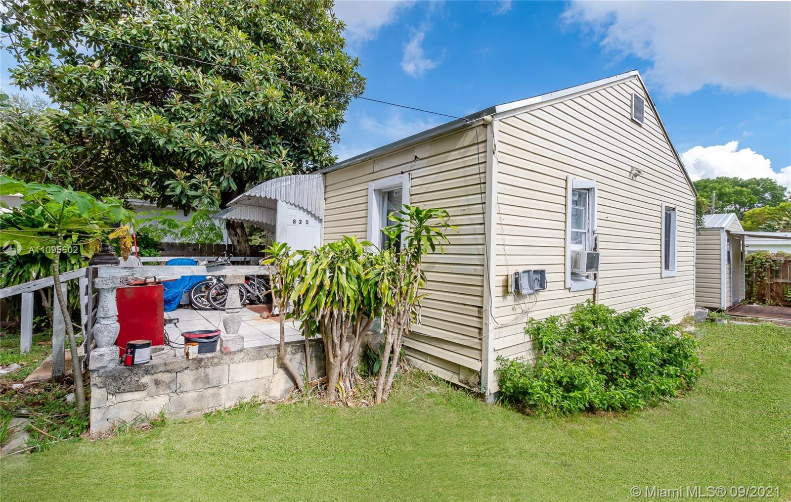 825 NW 50th St  For Sale A11095602, FL
