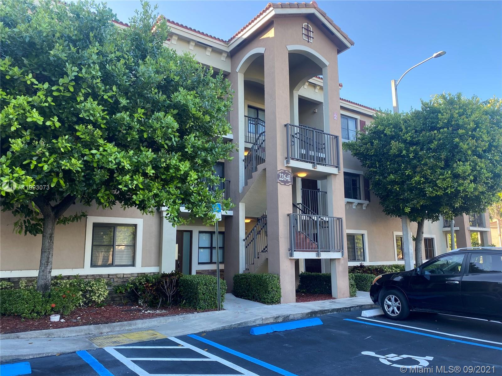 BEAUTIFUL CONDO 2 BEDROOMS 2 BATHROOMS IN PERFECT CONDITIONS, WITH NEW STAINLESS STEEL APPLIANCES.  QUIET COMMUNITY. Equal Housing Opportunity.