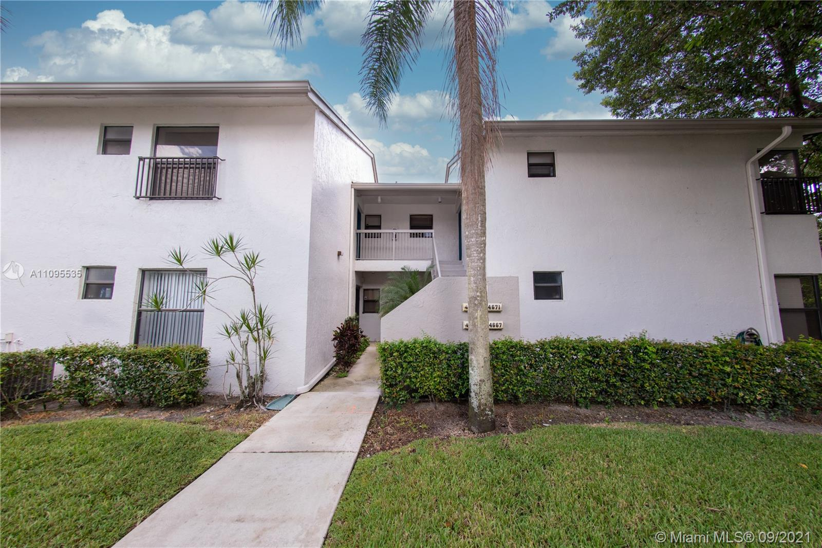 4672 22nd St Unit 4222, Coconut Creek, Florida 33063