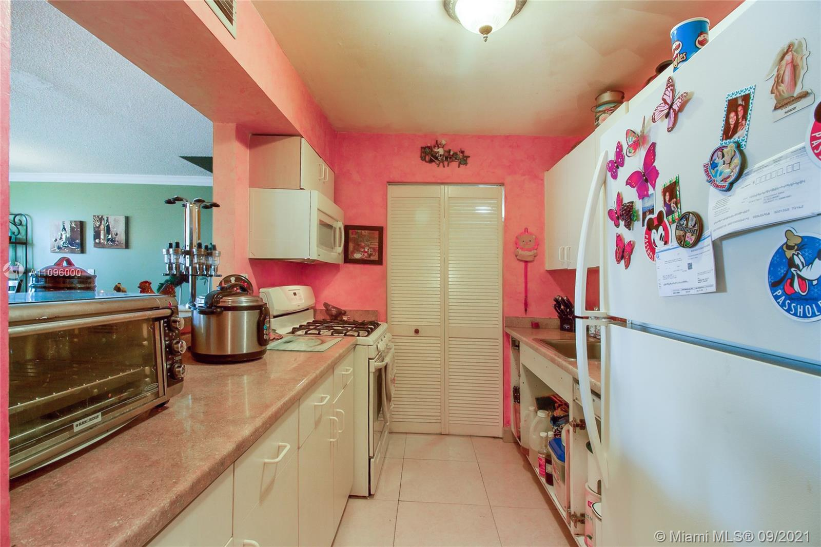 1255 W 53rd St #316 For Sale A11096000, FL