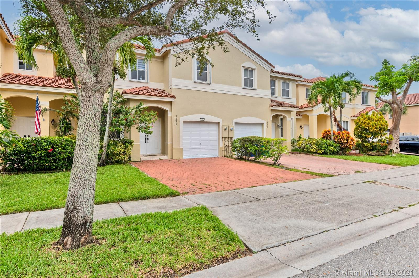 3876 SW 169th Ter  For Sale A11094906, FL