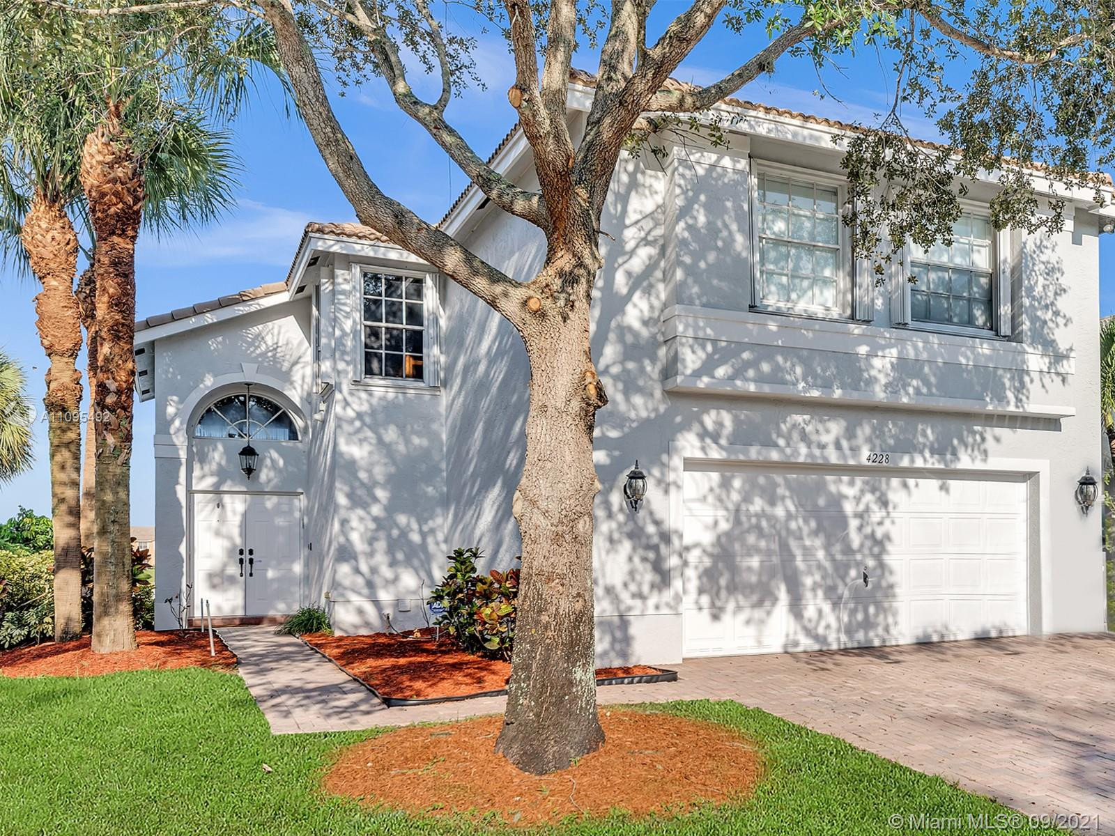 4228 SW 130th Ave  For Sale A11095492, FL