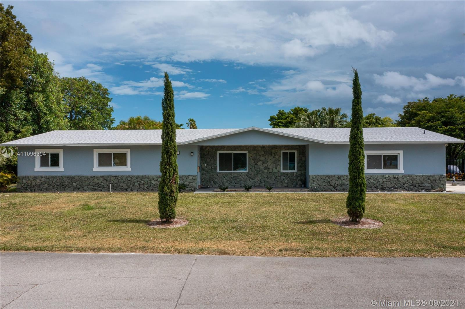 8004 SW 102nd St  For Sale A11096394, FL