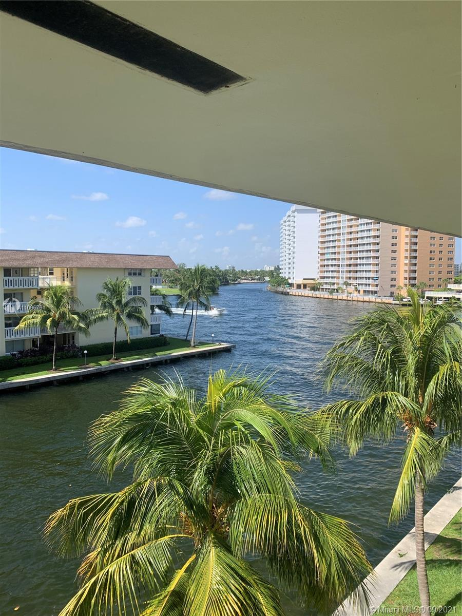 Undisclosed For Sale A11096791, FL