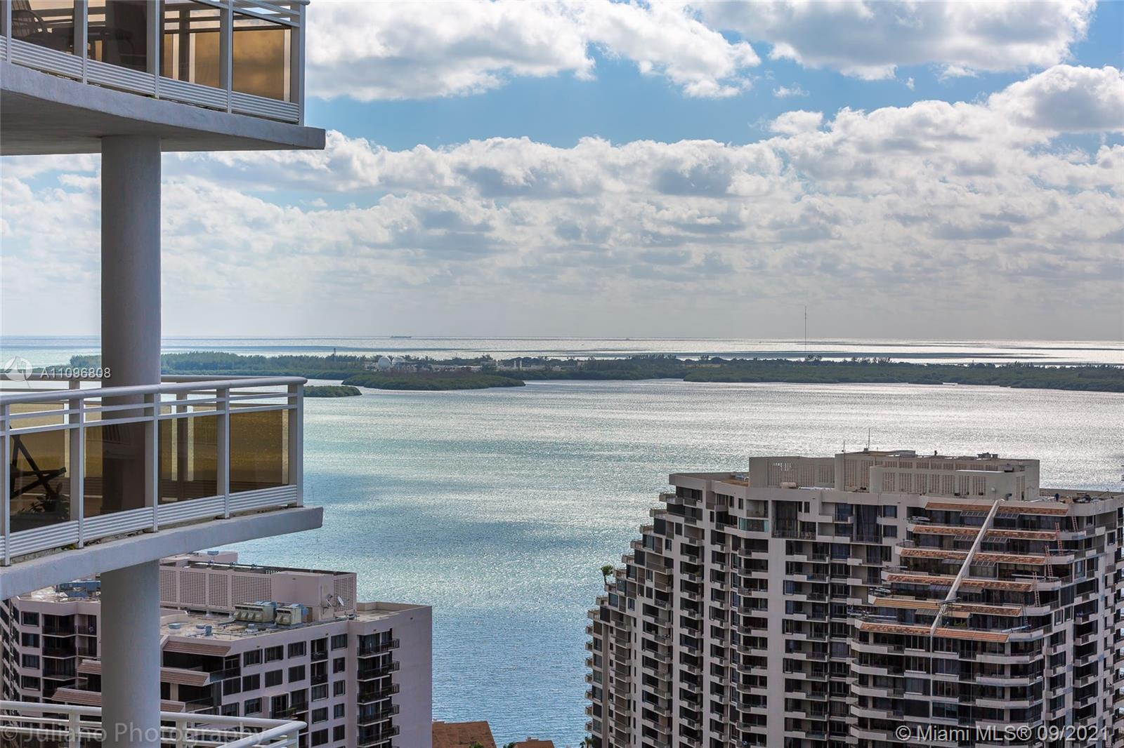 SPECTACULAR UNIT IN THE EXCLUSIVE BRICKELL KEY ISLAND,10' HIGH FLOOR TO CEILING WINDOWS OFFERING 1 BEDROOM, 1.5 BATH WITH WATER VIEWS, LIMESTONE FLOORS THROUGHOUT, BAMBOO FLOORS IN THE BEDROOM. SUB-ZERO STAINLESS STEEL APPLIANCES INCLUDING WINE COOLER, GRANITE COUNTER TOPS, COSTUME MADE WALKING CLOSET, EXCELLENT AMENITIES: STATE OF THE ART FITNESS CENTER, WITH GLASS ENCLOSED RACQUETBALL, SQUASH, TENNIS,AND SAUNA. PRIVATE ENTRANCE WITH GUARD GATE,1 ASSIGNED PARKING, AND VALET SERVICE.