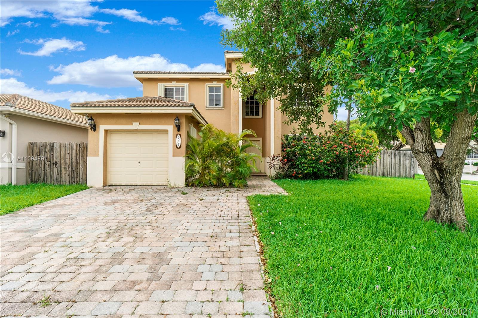 9052 SW 208th Ter  For Sale A11094891, FL