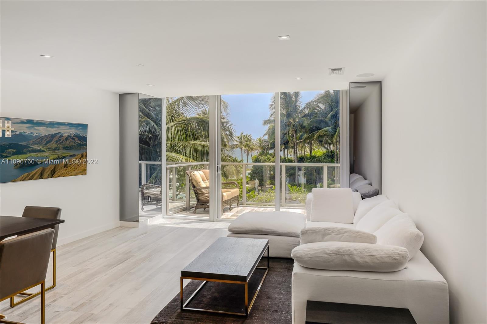 Auberge Beach Residences & Spa #18