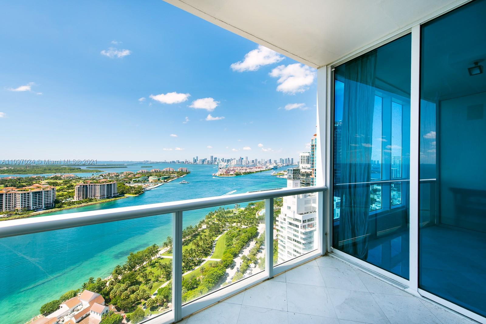 Desirable '02 line spacious layout residence with private foyer, open kitchen and floor to ceiling windows displaying unobstructed amazing views of Fisher Island, Cruise Ship Alley, ocean and Downtown. Continuum continues to set standards for luxury urban living and white glove services. Direct beach access, beach club, on-site restaurant, 3-story fitness/spa, lagoon pools, lap pool and tennis courts with a pro-shop. All in South of Fifth. The most alluring neighborhood with its pristine beach, fine dining, marina and park.