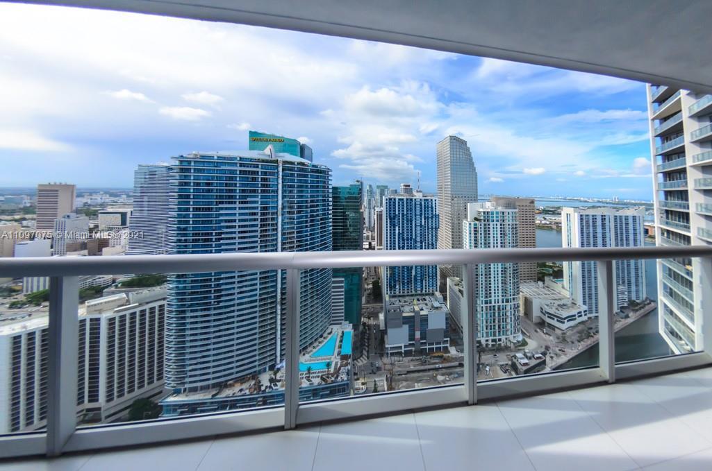 475 BRICKELL AV 4914, Miami, FL 33131