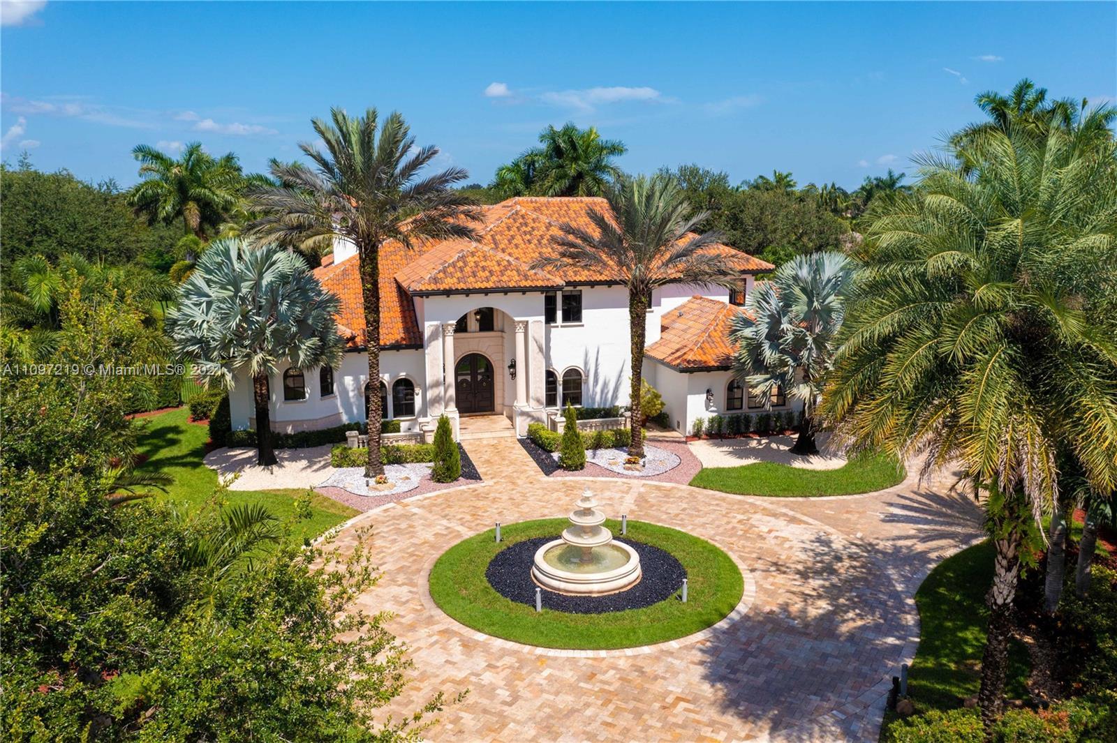 12443 Grand Oaks Dr, Davie, Florida 33330