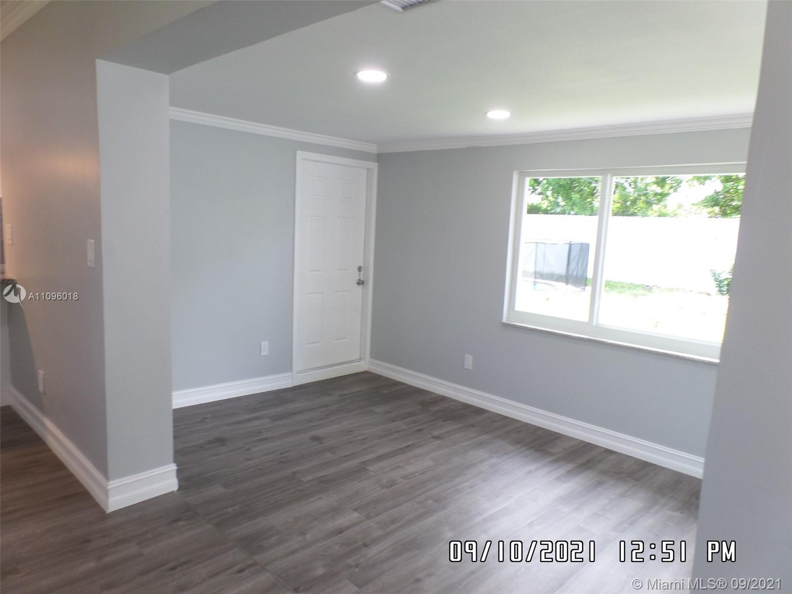 6860 Tyler St, Hollywood, Florida image 15