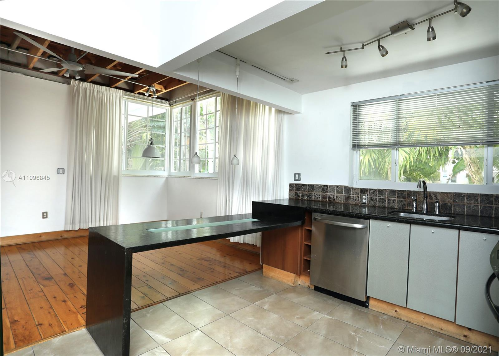 701  Meridian Ave #1 For Sale A11096845, FL