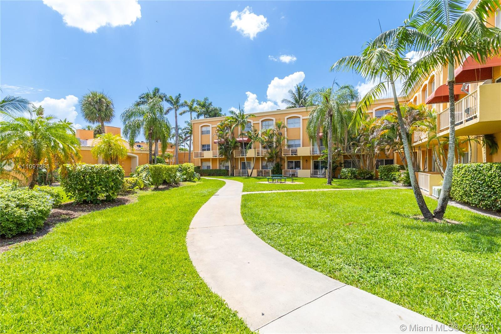 18111 NW 68th Ave #F207 For Sale A11097283, FL