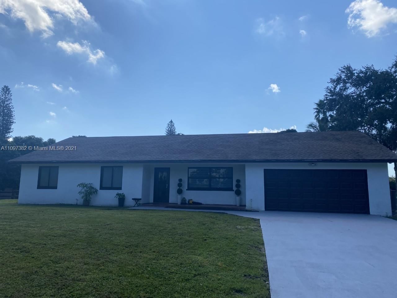 14800 SW 31st Ct  For Sale A11097382, FL