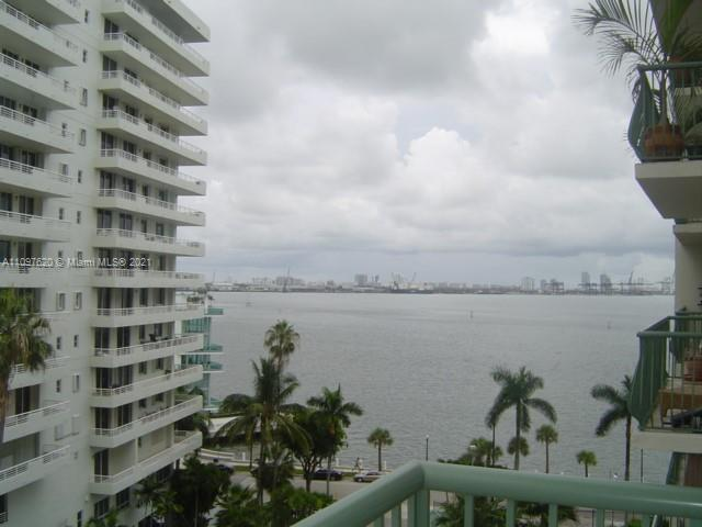 Studio Apartment with bay and city views. 480 sq.ft.  and 120 sq.ft  Quite building on the shores of Brickell Bay Dr. Includes Air Conditioning and Hot water (Low Electric). Separate Kitchen, Lots Of Closets. Large Balcony. Parking Concierge, Security, Gym, Pool. Lowest maintenance P/Sq.Ft. in the area