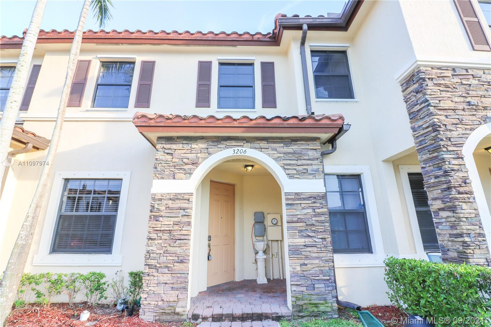 MUST SEE - Centrally located 3 bedroom, 2.5 bathroom townhouse unit in the heart of Homestead. Within close proximity to the Florida Turnpike and most of the commercial areas. Unit has only had one previous tenant and it is in immaculate conditions. Unit has its own patio for additional entertaining. Outside closet space provides additional storage. Association has community pool and amenities. Situated in the Martinique community. Property professionally leased and managed by Management Miami. Hurry - Won't last!
