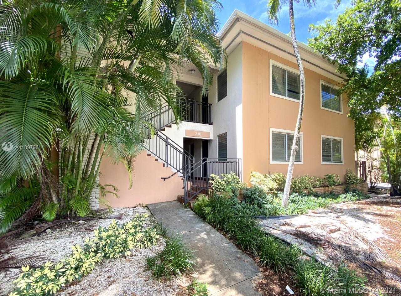 Spacious and Completely Remodeled 1Bed / 1.5 Bath on the first floor corner unit in the Heart of Downtown Coral Gables! Right of off Ponce De Leon and Santillane Avenue. Brand new Bathrooms, Washer/Dryer In-Unit. Private pool and parking available. Trolley services offered a few feet away from building . Minutes away from Miracle Mile, Biltmore Hotel and Golf Course, University of Miami and much more .Easy to show please call L/A and click on showing asst