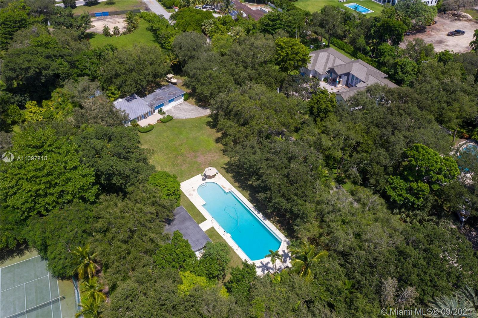 8940 SW 65th Ct  For Sale A11097815, FL