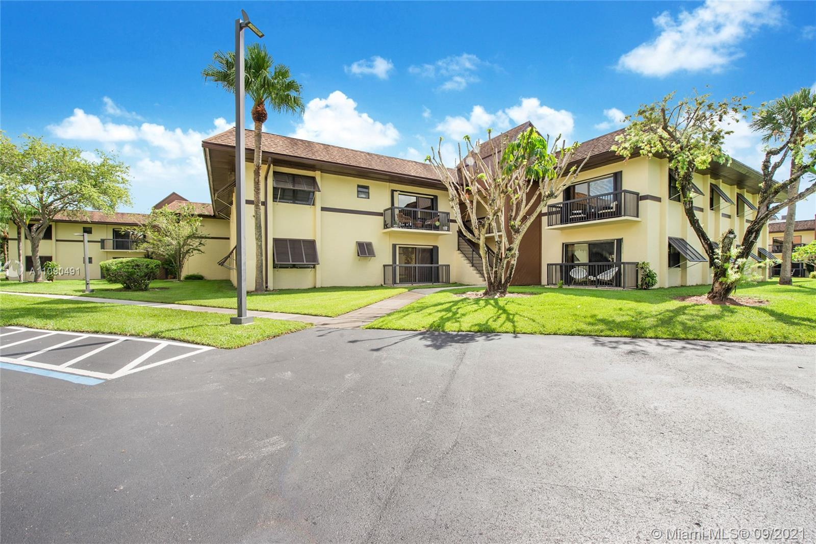 7985 SW 86th St #431 For Sale A11090491, FL