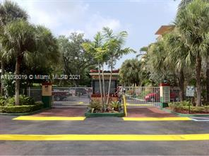 6902 N Kendall Dr #E105 For Sale A11098019, FL