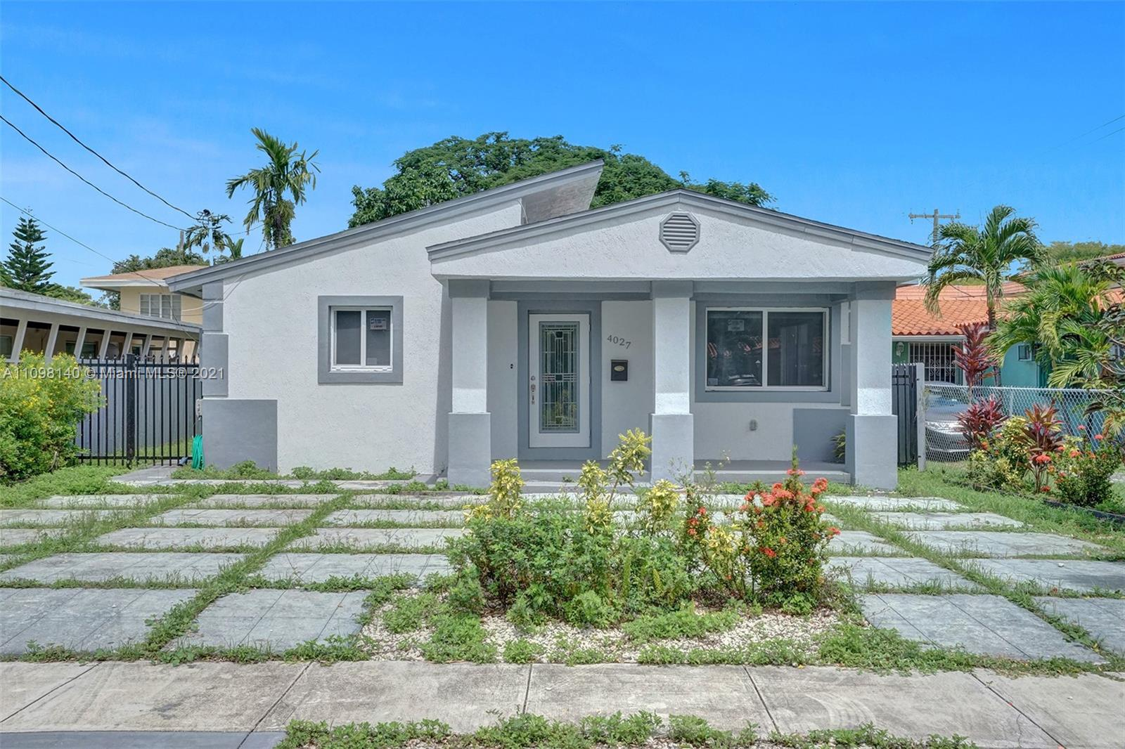 4027 SW 11th St  For Sale A11098140, FL