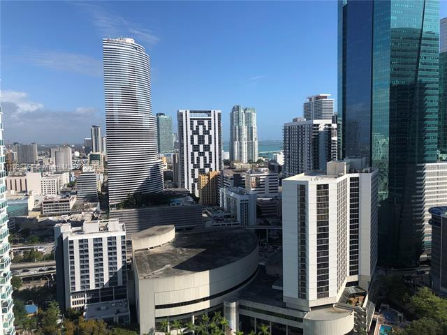 LOCATION! BEAUTIFUL LOFT IN THE HEART OF BRICKELL, 2BD/2BA, CORNER UNIT FACING NE WITH BAY, RIVER AND CITY VIEWS. FLOOR TO CEILING GLASS WINDOWSM EUROPEAN KITCHEN WITH SS APPLIANCES, GRANITE COUNTERTOPS, MARBLE FLOORS AND OPEN MASTER ON THE 2ND FLOOR. WALKING DISTANCE TO BRICKELL CITY CENTRE AND RESTAURANTS. ALL AMENITIES, POOL, GYM, CONCIERGE, VALET, PARTY ROOM AND MORE.